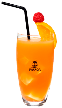 Cocktail de passoa con naranja